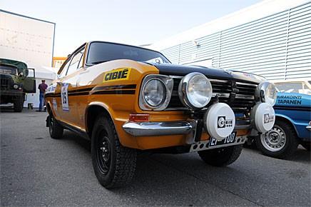 Risto Pihl har renoverat den här fantastiskt fina Opel Kadetten från 1971. Hannu Palin körde den i rally när den var ny och den har tävlat i Finland men också i Sverige.