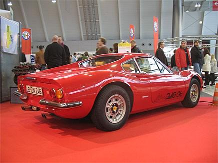 En tidlös skönhet denna Dino, lite ironiskt att en av de minst exklusiva Ferrari-modellerna har blivit en av de mest eftertraktade.