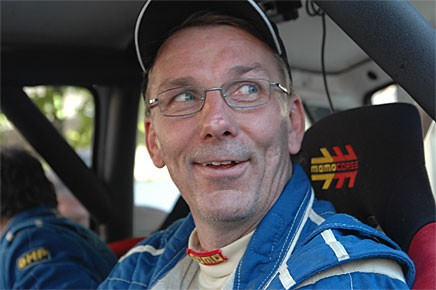 En glad segrare. Tony Jansson slog till och med Waldegård!