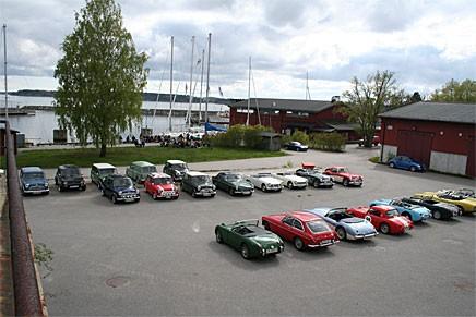 25 brittiska bilar samlades för vårmönstring.