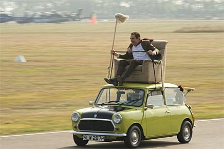 "Mr Bean kör på riktigt i ""50 years of the Mini"""