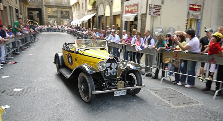 58 BUGATTI Type 40 A (1930) Frascari, Teneggi