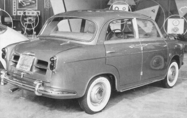 Fyrdörrars sedan, prototyp från Frua 1955