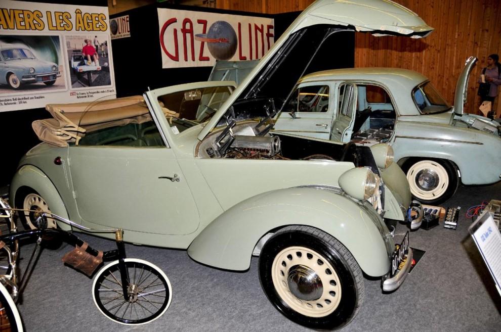 CGE Tudor är en elbil som 1940-41konstruerades av Jean-Albert Grégoire. Med uppbackning från franska General Electric och batteritillverkaren Tudor byggdes den i 200 exemplar varav tre finns kvar. Konstruktionen var helt i aluminium men bara batterierna vägde 900 kg. Toppfarten uppgick till 55 km/h och räckvidden beräknades till 90 till 100 km. Konstruktören lyckades 1942 köra den 250 km på en laddning, ett världsrekord som stått sig!