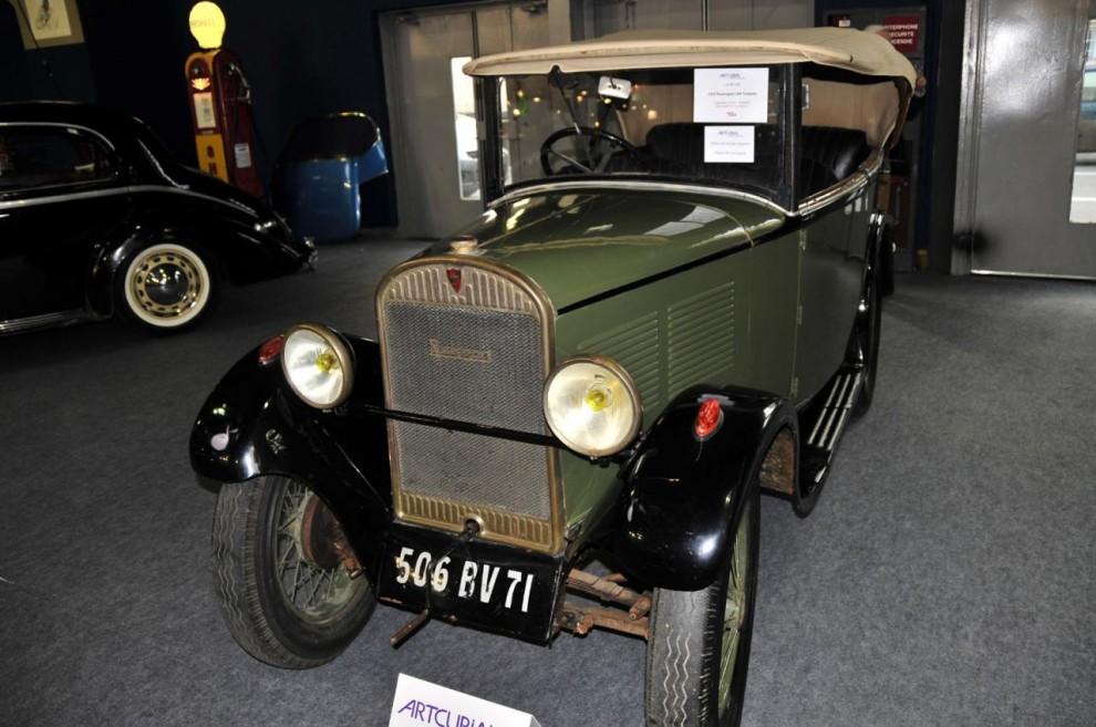 Från en privat samlare kom denna lilla Rosengart LR 4 som är det franska licensbygget av Austin Seven. En gammal renovering som behöver väckas till nytt liv av sin nye ägare som ropade in den för 5 400 euro, ett klipp!