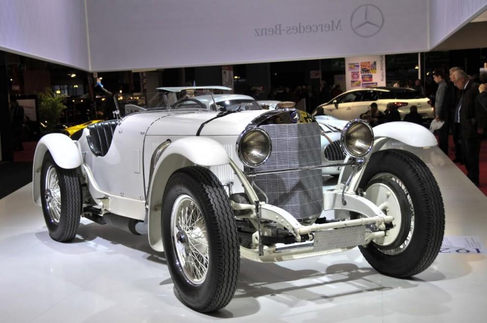Daimler-Benz hade tagit med sig dyrgripar från sitt fabriksmuseum.Detta är en SSK som även om just denna var byggd 1931 skulle representera märkets tävlingsframgångar under 1920-talet.