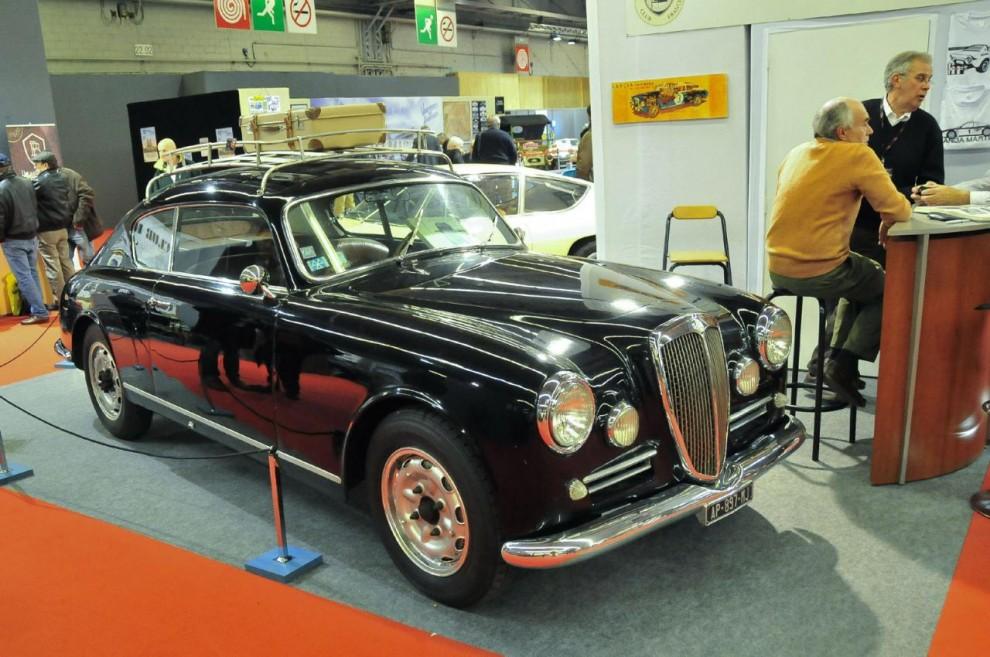 Lancia Heritage, en sammanslutning för Lancias vänner, ställde ut en Aurelia GT som med takräcke förlänats en viss brukskänsla.
