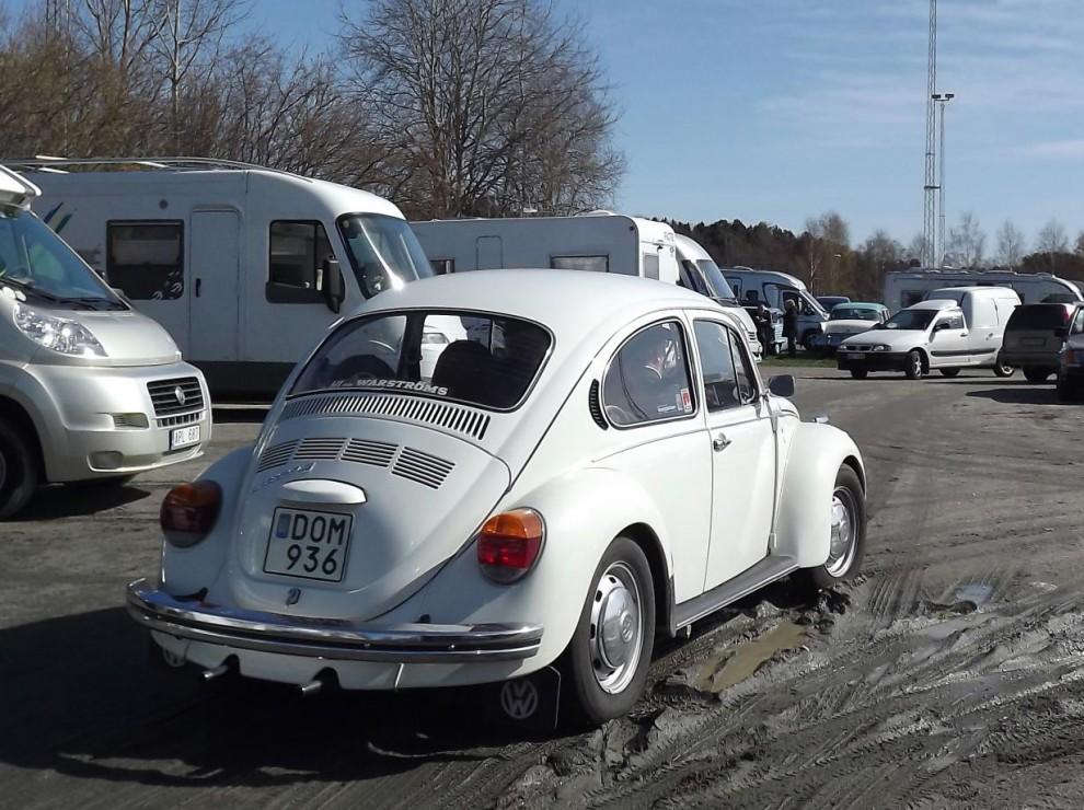 VW, en 1303S från 1973 letar efter en ledig plats