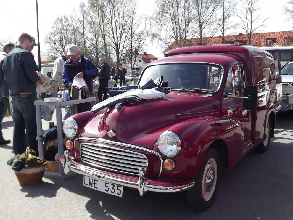 Inne på marknaden, Morris minor van som säljarbil.