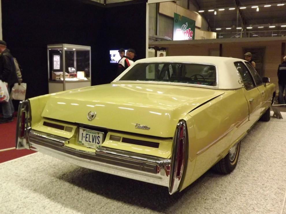 och även denna Cadillac från 1974 är en bekräftat äkta Elvis-bil.