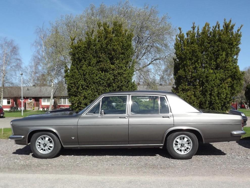 Stortysk 2. Opel Diplomat 1975, Opels stora B-kaross såldes väldigt sparsamt här och denna är importerad senare från Tyskland.
