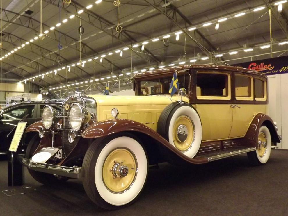 Cadillacklubben bjöd på ett brett spektra av bilar från märkets historia,äldst var Tage Jignerts formidabla series 452 från 1930 med V16 motor.
