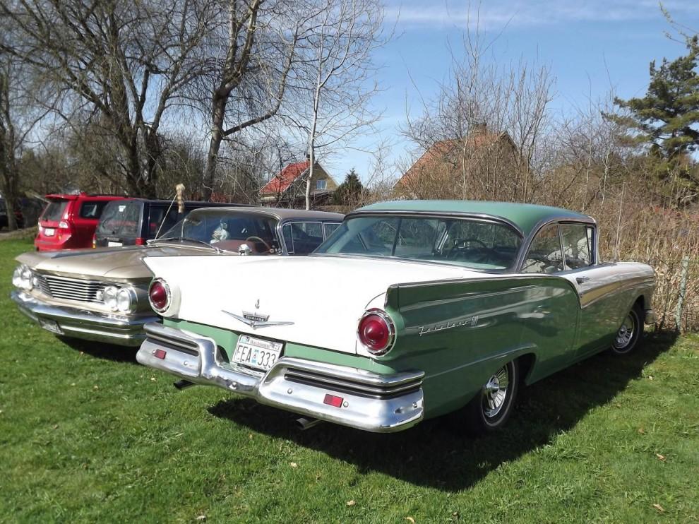 Ford Fairlane 500 från 1957