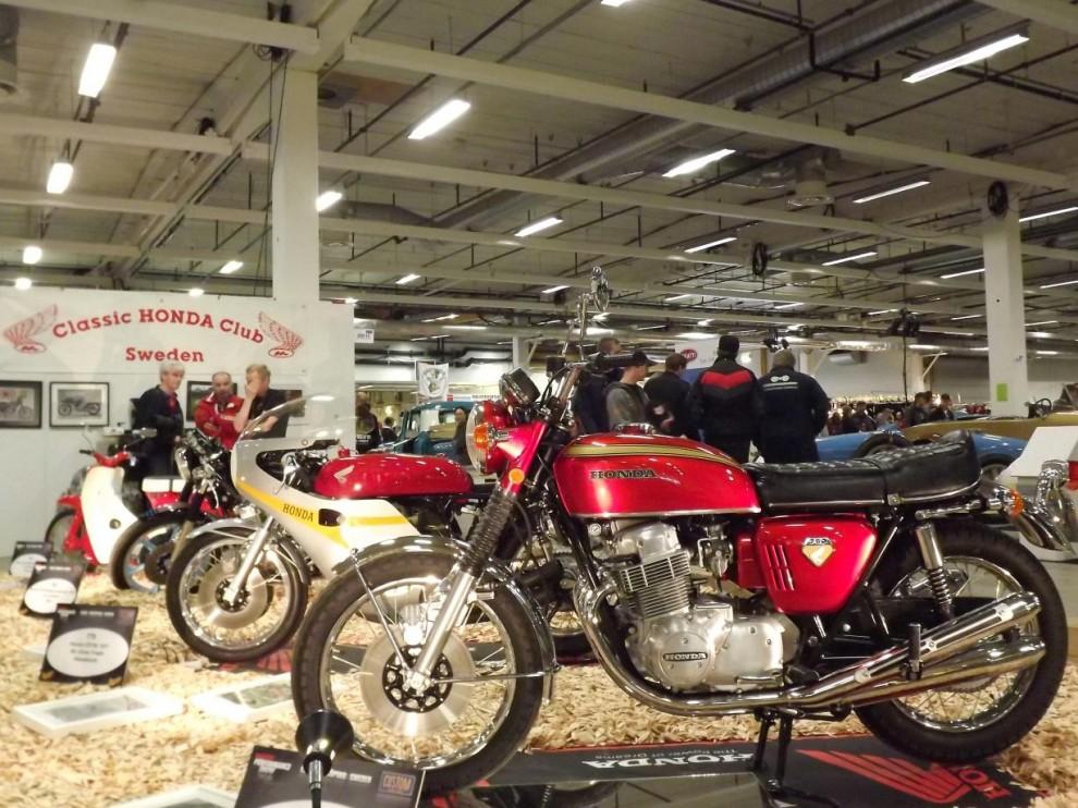 lite tyngre tvåhjulingar, Honda Classic club visade upp några fina exemplar, närmast en CB750 four från 1969