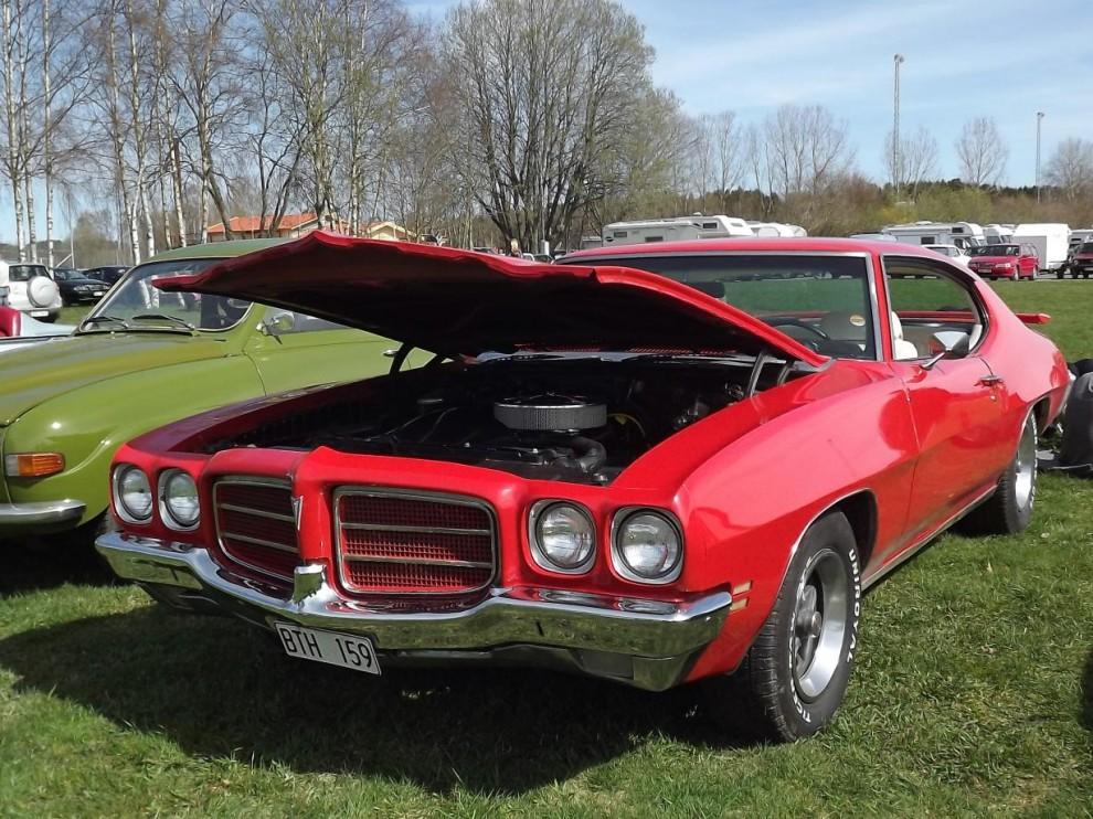 Ovanlig och röd, Pontiac le Mans 1972