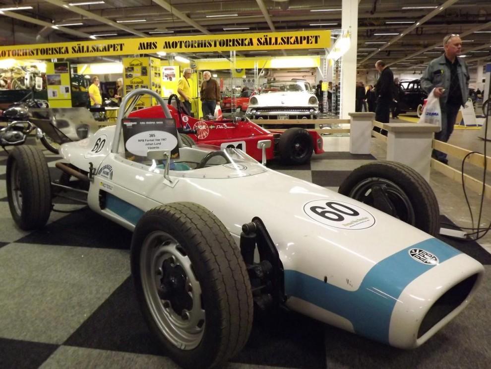 Custom motor show handlar även mycket om racing, här finns hela spektrat av motorsport representerat, även historiskt, som en RPB formel Vee från 1967