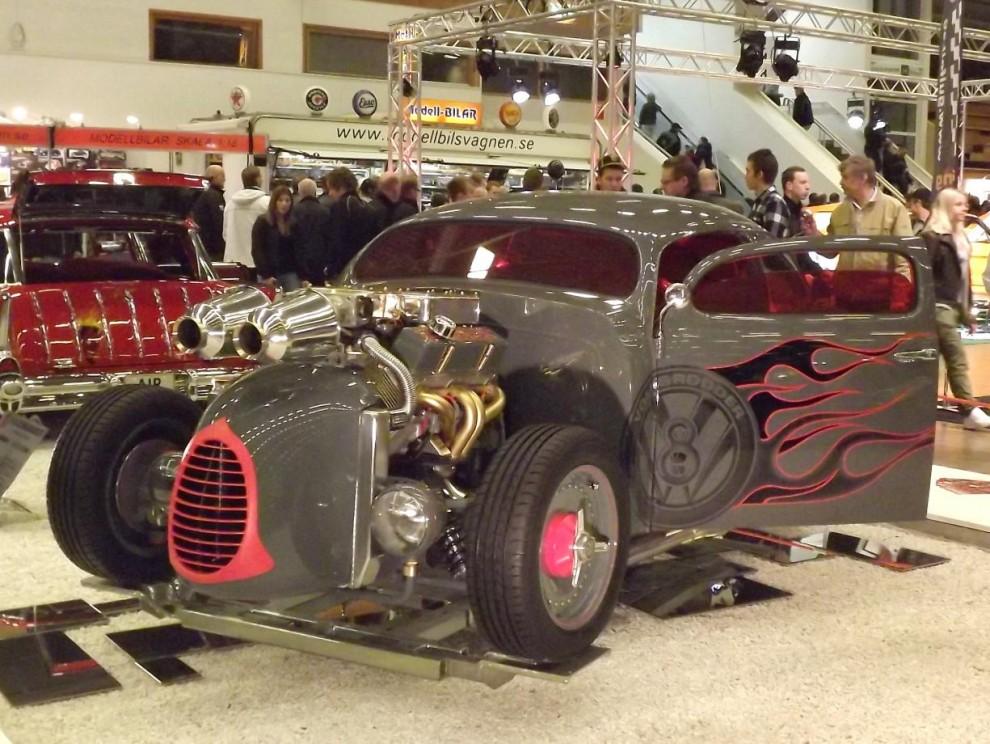 Vildaste VW:n, med turbomatad V8 i nosen.