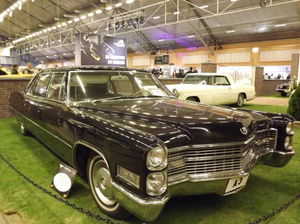 Kunglig Cadillac Fleetwood från 1966. Denna började sin karriär i kungliga hovstallets garage.