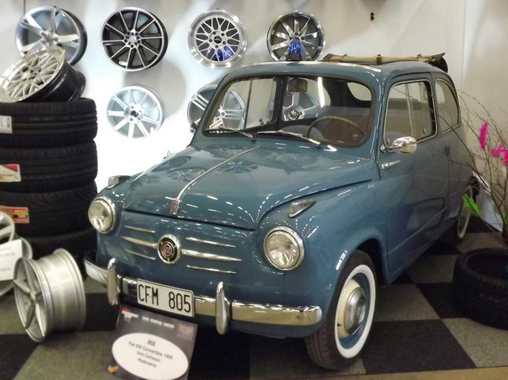 och en liten nätt fiat 600 från 1956