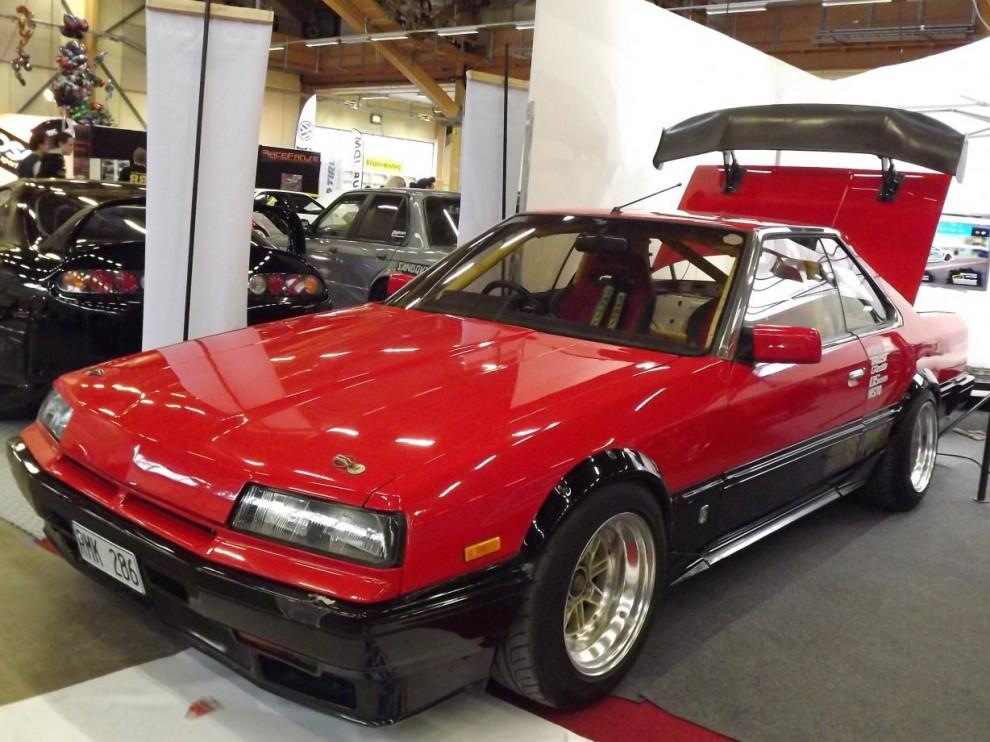 Nissan Skyline är en mycket populär bil bland styling och trimfolket idag, men äldre Skylines är ytterst sällsynta, och exporterades väldigt sällan. Denna är från 1984.