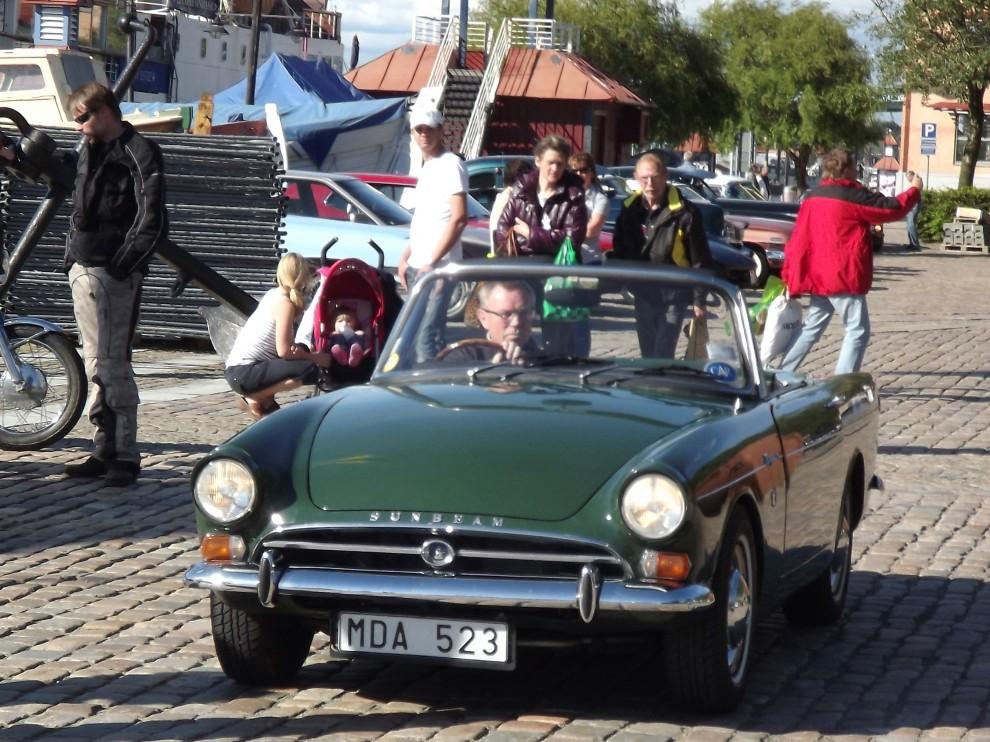 Engelska bilar är ett påfallande stort inslag på onsdagsträffarna, Sunbeam Tiger.
