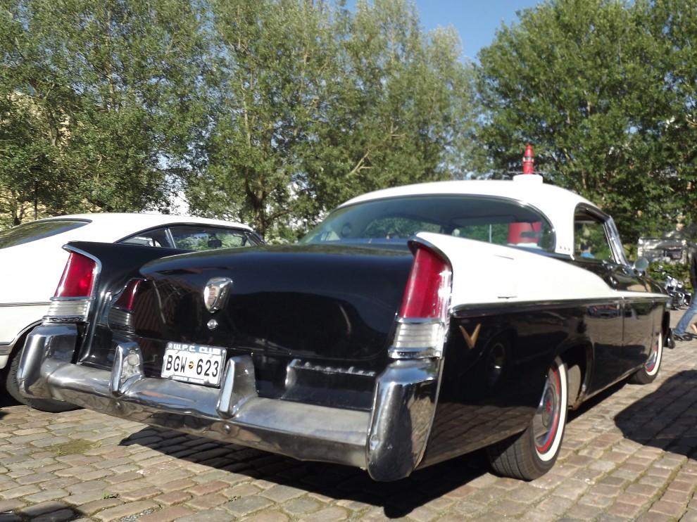 """Chrysler från 1956, Virgil Exner piffade upp modellprogrammet under sloganen """"Forward look"""""""