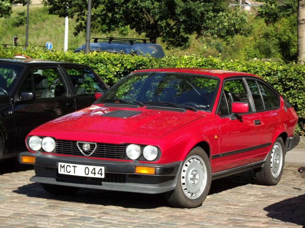 mer sportigt rött, Alfa Romeo GTV