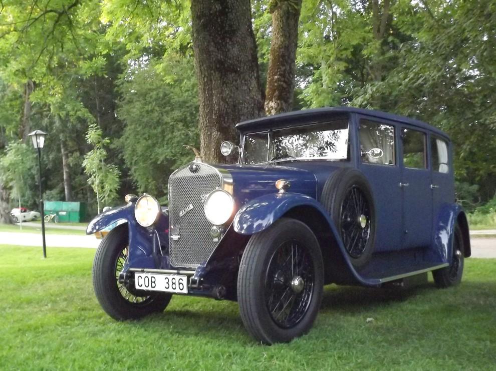 En ovanlig bil för oss i Sverige, detta är en Delage Dr6/70 från 1928 med Weymannkarosseri.