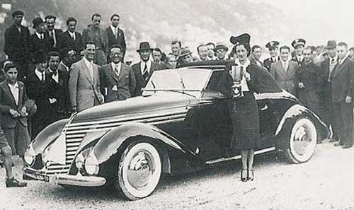 Pininfarina, med klar inspiration av Figoni&Falaschi.