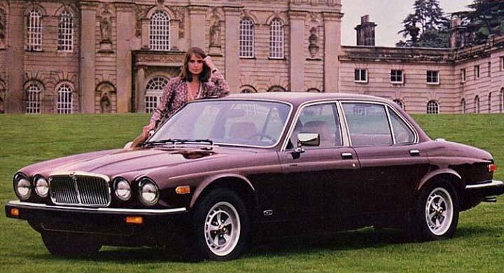 XJ6 1983, med Amerikalampor, fast i mycket brittisk miljö