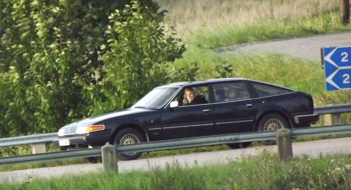 redan under fredagen syntes en suspekt typ i en konstig bil sondera trakterna av Stjärnhov.