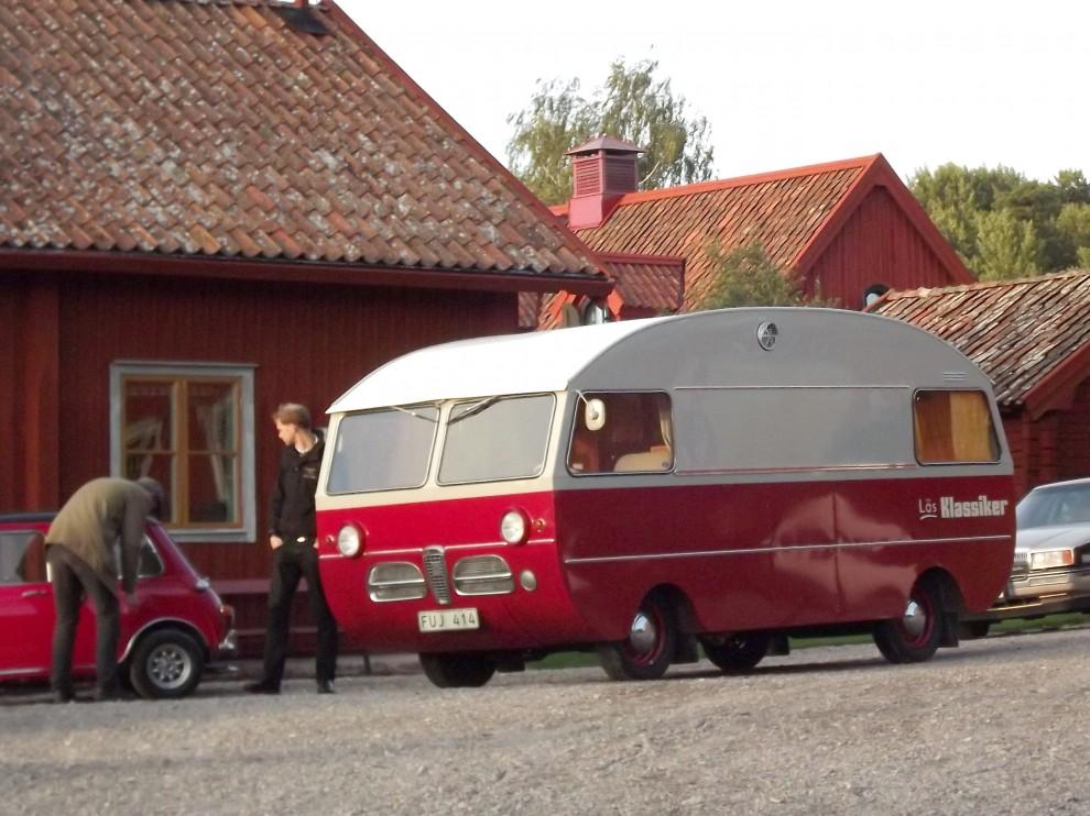Och märkliga farkoster anlände till Grytsberg...