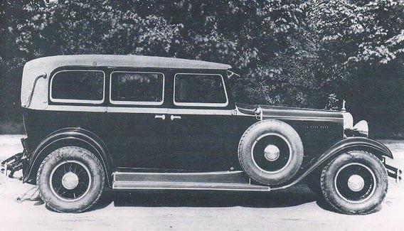 Audi Zwickau typ SS med en kaross som kallas Pullman limousine, dessa Audibilar hade en rak åtta som ursprungligen kom från amerikanska Rickenbacker, och förskaffades till tyskland av DKWs Jörg Skafte Rasmussen.