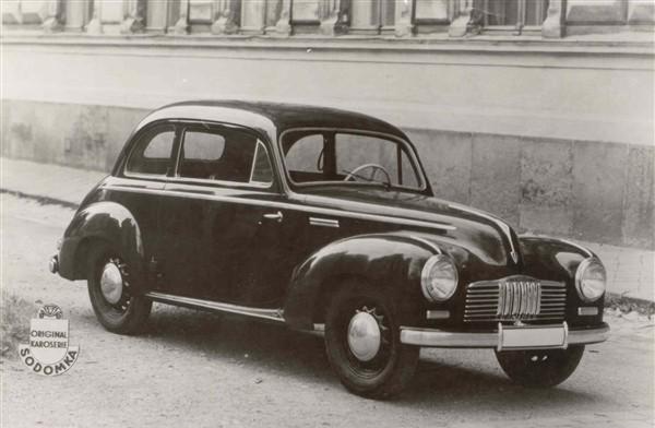 Tatraprototyp från 1946 baserad på  typ 57B.