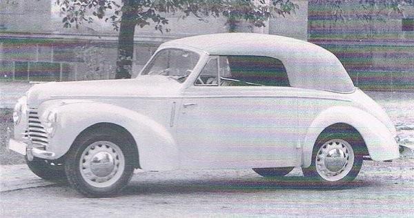Karosserna till en liten serie Skoda 1100 cabriolet var ett av de nu glesnande uppdragen för det anrika företaget.