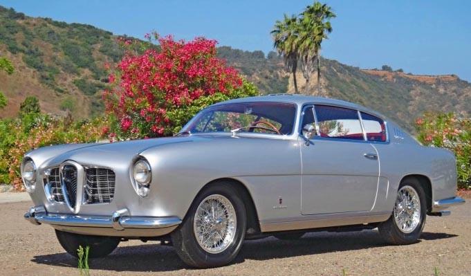 1900 blev basen för en myriad av varianter, 1900S coupe från Ghia 1954