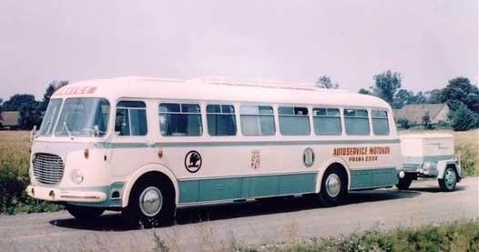 en senare Skoda 706.