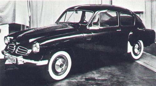V444/544 blev en långkörare trots att man ideligen kom upp med förslag att ersätta den i princip redan från starten. PV454 hette denna studebaker-inspirerade  idé som fick tummen ner runt 1953