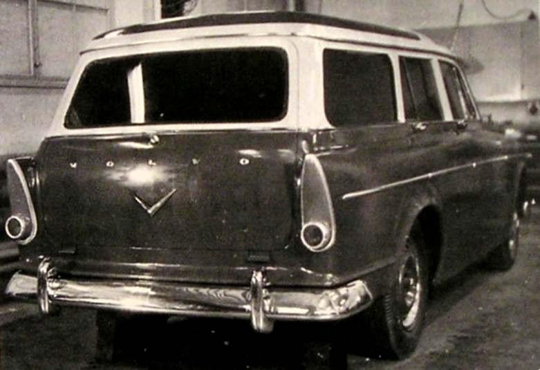 Även en stationsvagn skissades det tidigt på, bakdelen klart inspirerat av Plymouth/Dodge 1956 och taket är förhöjt som på Duett.