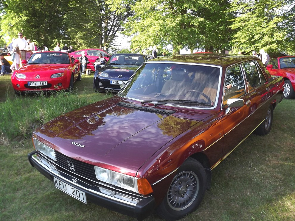 Peugeot 604 var inte så vanliga här ens som nya