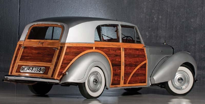 Radford var de mest flitiga på att göra stora Rolls och Bentleys extra rymliga. en Bentley mk VI från Radford 1947.