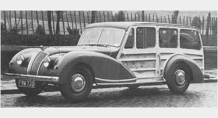 AC var en ganska blygsam tillverkare av bilar trots att de vart i braschen sedan 1901. Huvudmodellen åren 1947-58 hette 2-litre och byggdes bara i drygt 1200 exemplar på dessa år. Minst en av dom blev en ganska klumpig estate wagon, denna är från 1948.