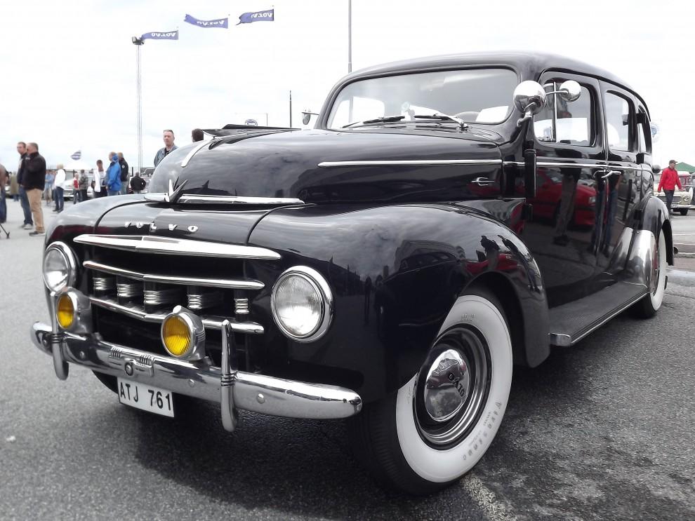 PV831 från 1950 med den tidiga grillen