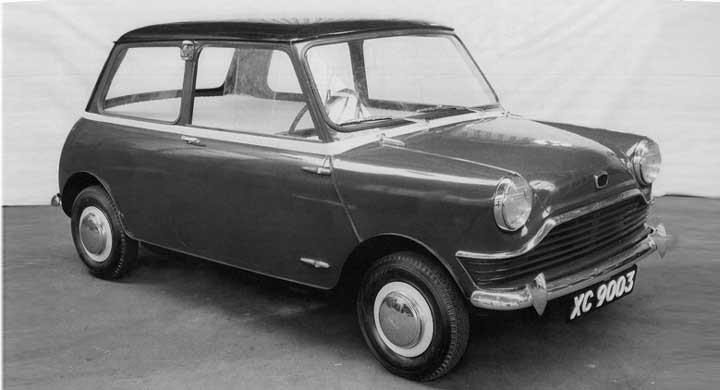 XC9003 börjar ta form fast med ett brett grin i fronten, året är 1957