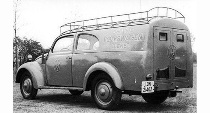 Volkswagen har ibland blivit föremål för sådana här konverteringar, trots att lastutrymmet torde blivit något begränsat med motorn bak, denna byggd av Schwen 1947.