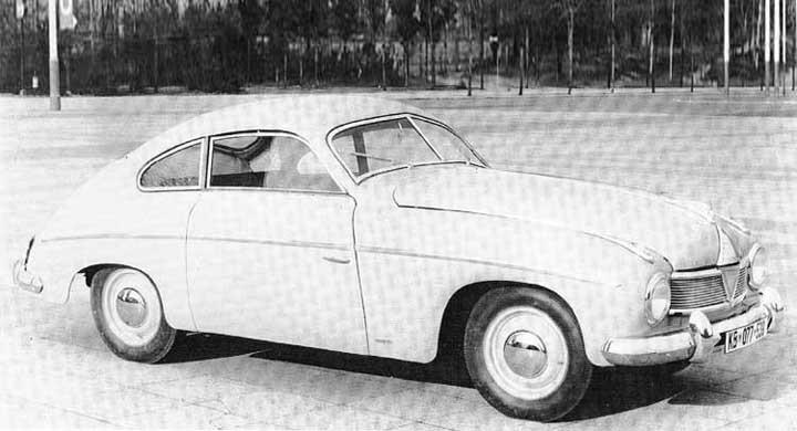 På Münchenmässan 1951 visade Borgward-Hansa upp den här sportiga coupén som sen aldrig sågs igen. Karossen hade knackats fram av Rometsch.