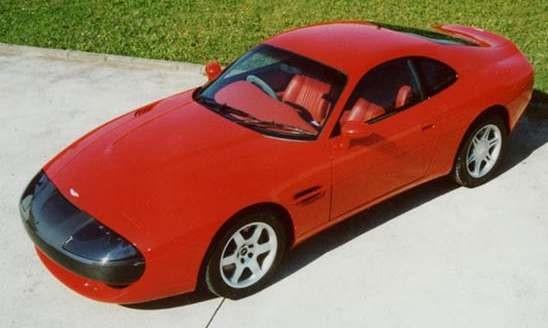 Aston Martins vi aldrig fick se, projekt AM3 och AM4 var ett par verk av Pininfarina och dessa hamnade i Sultanen av Brunies garage.