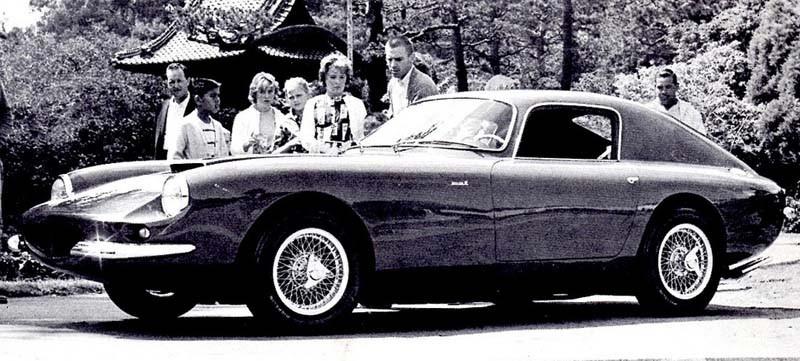 Apollo GT var ett försök att bygga en exotisk GT vagn, i USA. Det blev totalt runt 90 Apollos byggda och den återuppstod senare under namnet Griffith och Vette Ventura. Prototypen ovan saknar bakre sidofönster och lite annat som tillkom senare.
