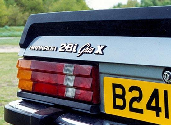 Granada Ghia X för Executive. Diskret lyxförpackad Granada för hemmamarknaden i UK. Förutom elhissar och all tänkbar utrustning ingick även inredning i finaste Conollyskinn.