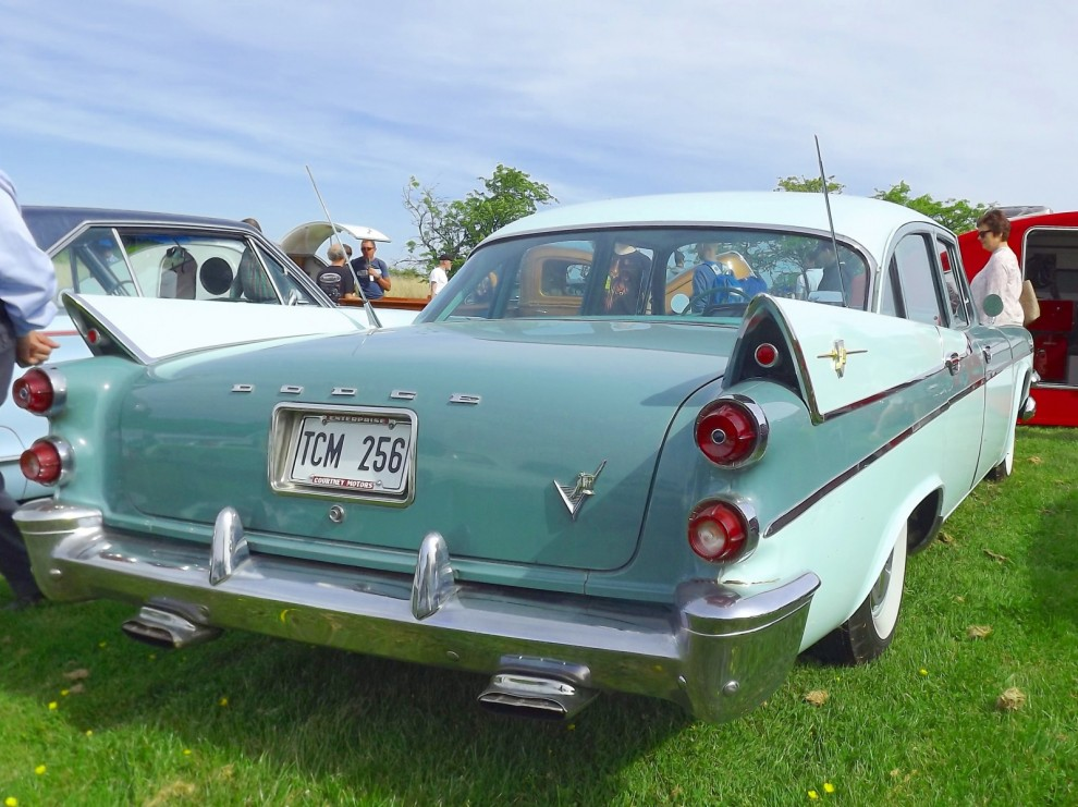 Hos Chryslerklubben, Dodge Coronet 1957